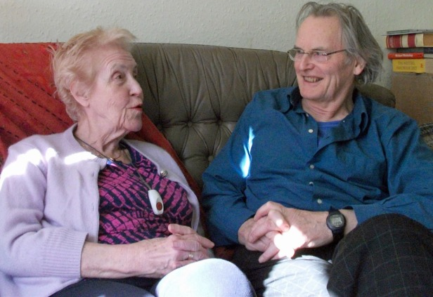 The author with Helen, in her home. Exmouth, March 2011. Photo: Rona Taylor